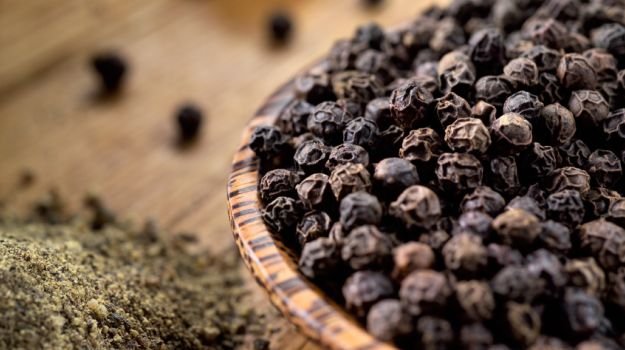 Black Pepper Essential Oil: Benefits for The Mind and Body
